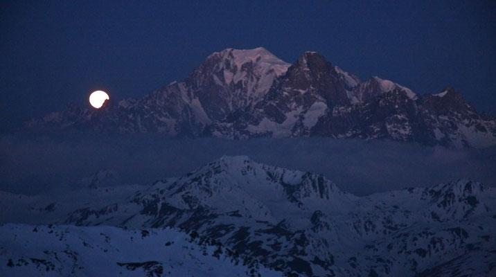 Monduntergang am Peuterey-Grat, Mont Blanc