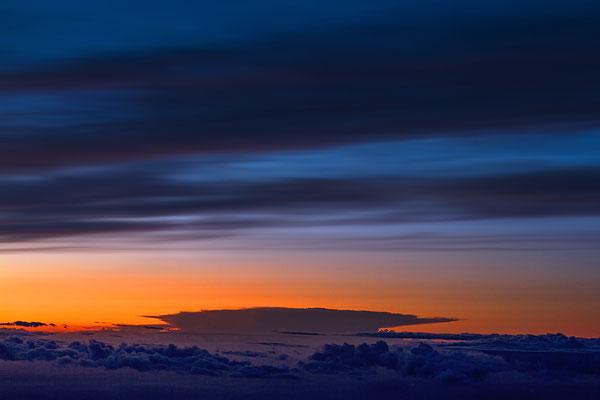 Zwischen Wolkenschichten