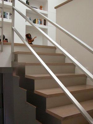 Escalera de madera de roble y aluminio