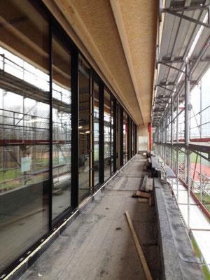 Hopf und Wirth Architekten ETH HTL SIA  Winterthur, Erweiterung Turnhallen Berufsbildungsschule Winterthur, Fensterfront SKY-FRAME