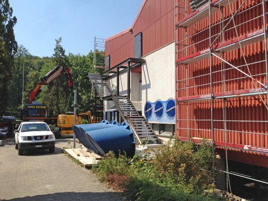 Hopf und Wirth Architekten ETH HTL SIA  Winterthur, Erweiterung Turnhallen Berufsbildungsschule Winterthur, Stahlbau Aussentreppen