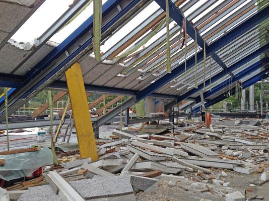 Hopf und Wirth Architekten Winterthur ETH HTL SIA, Erweiterung Turnhallen Berufsbildungsschule Winterthur, Abbruch
