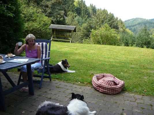 Gleich nach der Ankunft bzw. natürlich dem ersten kurzen Spaziergang. Der Garten war zu unserer alleinigen Nutzung!