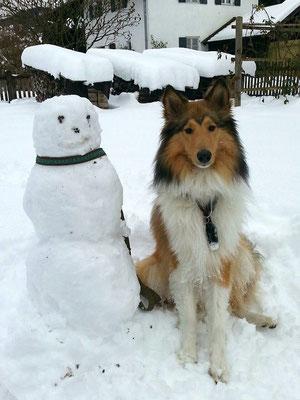 Pino hat einen Schneemann gebaut ;)