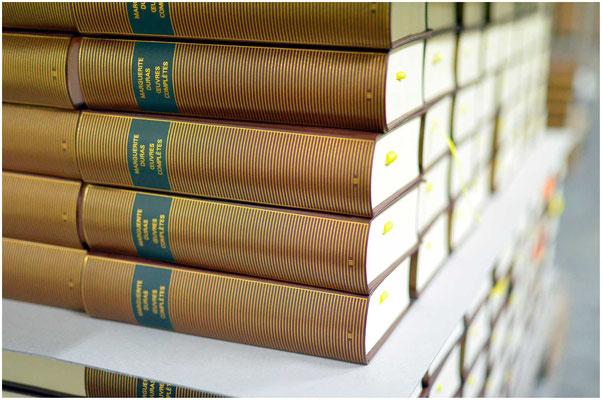 Livres reliés sur palette - Duras