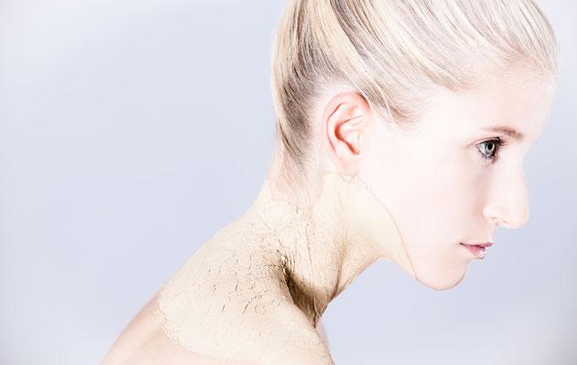 HUM: Lisa Sch., Model: Sabrina F., Foto: Markus Thiel