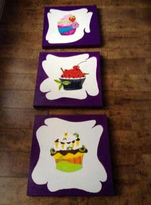 Tryptiques gourmand de cupcakes illustrés en exclusivité par Cloé Perrotin reprit en peinture par Peggy Jeannot