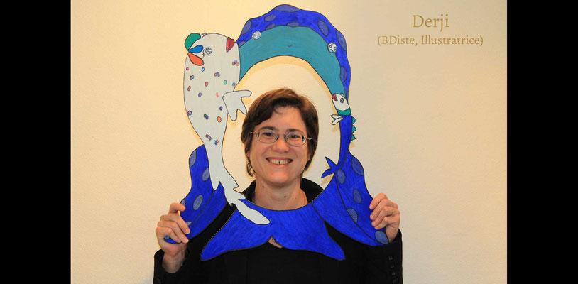 Juliette Derenne alias Derji BDiste illustratrice avec la silhouette photos booths de Faribole et Mistigri illustré par Cloé Perrotin paru chez Yil Edition au Salon de St Doulchard 2017