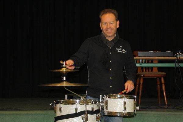 Björn Kempcke, Schlagzeug, Lesung mit Musik