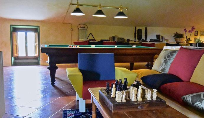 pool table, chess, villa, Casafredda, Arezzo, Toscana, Tuscany, agriturismo, casa vacanza