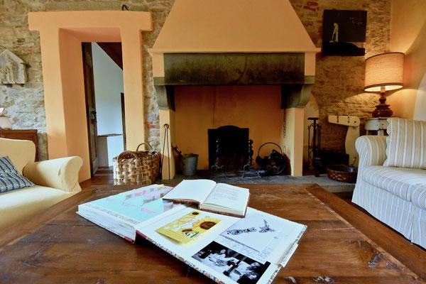fireplace, villa, Casafredda, Arezzo, Toscana, Tuscany, agriturismo, casa vacanza