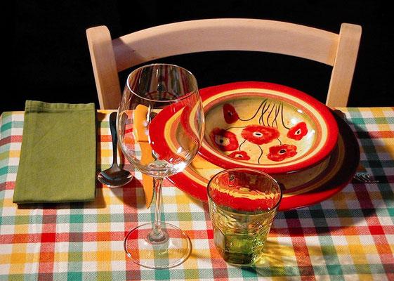 table setting, tovaglia a quadri, Villa, Casafredda, Arezzo, Toscana, Tuscany, Italy