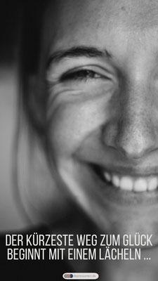 Lachen ist die beste Medizin um gesund und glücklich zu sein.