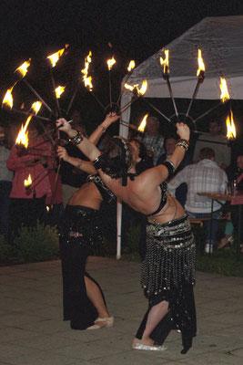 Feuerperformance mit Amira Gihan