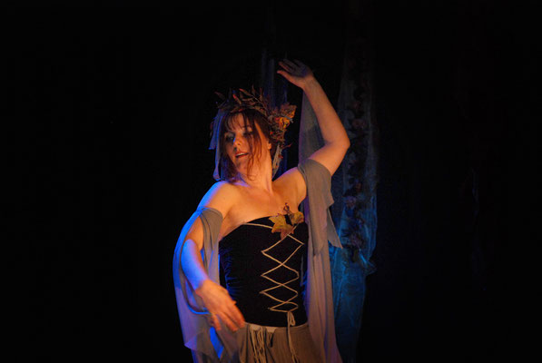 Verzauberte Tänze: Leela Solo (Tanztheater)