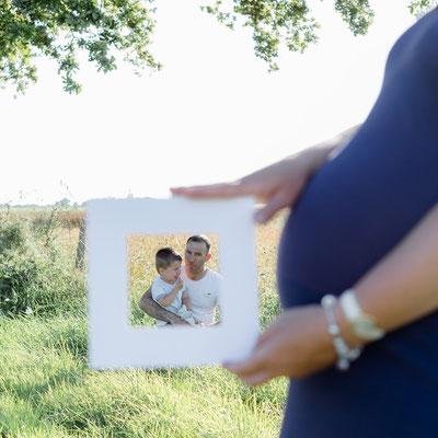photographe en Normandie, photographe maternité, grossesse,photo famille,photos maternité en couple, lumière naturelle