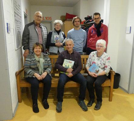 Unterstützt wurden sie außerdem von Frau Krämer (ehemalige Schulleiterin) und ihrem Mann, Frau Dornhöfer (ehemalige Lehrerin der Schule) und Mats (aus dem Kinder- und Jugendtreff).