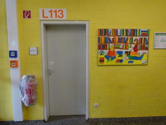 Freitags ist die Schülerbücherei geöffnet.