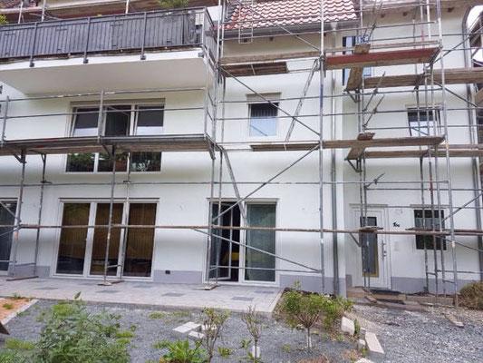 Fassadengestaltung und Dämmung.