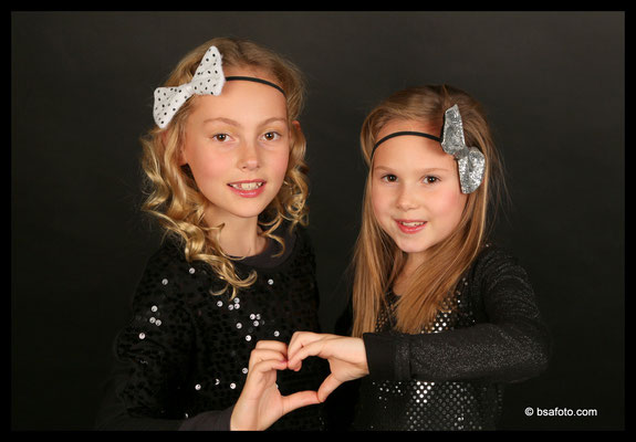Glamour in style, Teenage, Kids, Glamour Party, leuke kinderfeestje, Feestje, Glitter En Glamour, #Glamour #Glitter #bijzonder #make-up #Kinderfeestjes #Zuid-Holland #regio #breda #Kinderfeestjes #Kinder #Fotofeest #Prijzen