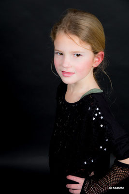 Wij maken veel leuke foto's van de meisjes, die zich even een echt model , TOP model dag als verjaardagsfeestje , Vet Kinderfeest: TopModels , De coolste Topmodel Party , foto shoots ,