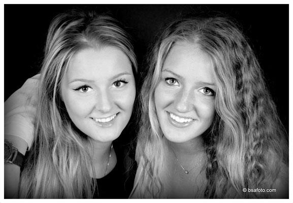 zussen foto, Willen jullie ook een vriendinnen fotoshoot? Of een andere soort fotoshoot, bsafotostudio, Fotoshoot, vriendinnenfotoshoot, gezellige, ongedwongen, vriendinnen, studio,