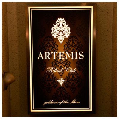 ARTEMIS様 壁面看板