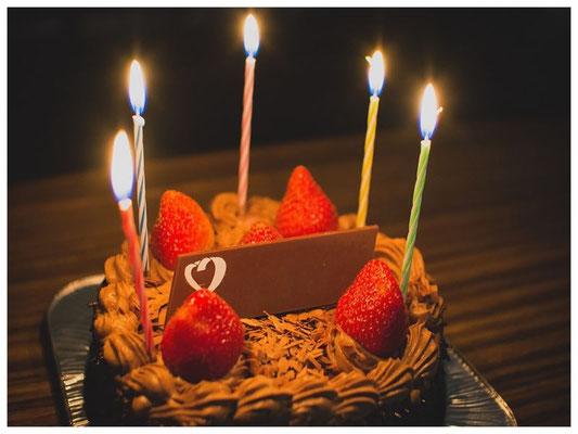 お祝い事にはオリジナルケーキをどうぞ♪