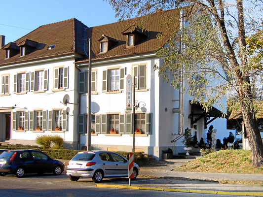 Delphi im Alten Zollhaus (Rebhuus). Am Rande der Innenstadt von Weil am Rhein.