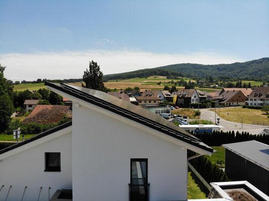 Neubau Einfamilienhaus mit Solar / Photovoltaik Ehrendingen - S&S Totalunternehmung | Ihr Partner für Gesamtleistungen