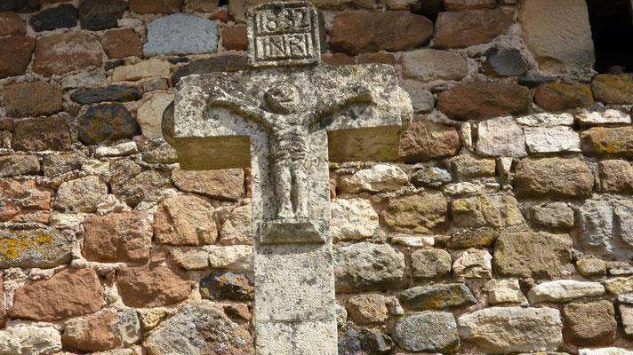 Roquelaure - Détail d'un mur de ferme