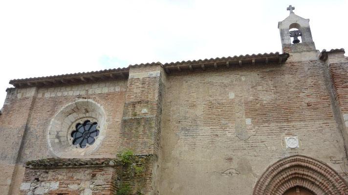 Eglise en bas de Auvillar