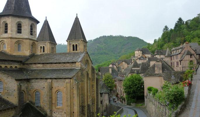Conques - L'église abbatiale Sainte-Foy
