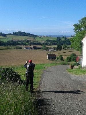 Philippe faisant une photo à la sortie de Arthez de Béarn