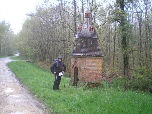 2013-05-01 - La fontaine St Thibault à Menestreau en villette