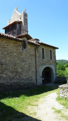 La chapelle Saint Nicolas à Harambeltz (km 20)