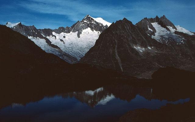 Das Aletschhorn über dem Tällisee