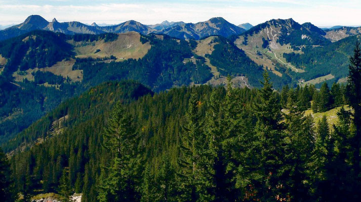 Berge westlich des Spitzingsees vom Höhenweg Taubenstein - Rotwand