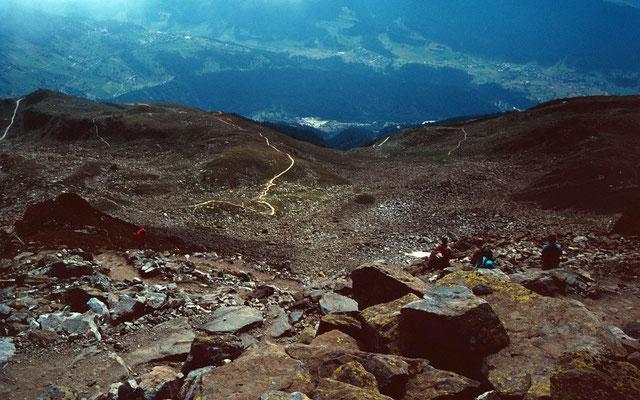 Der Abstiegsweg Richtung Tällisee und -grat