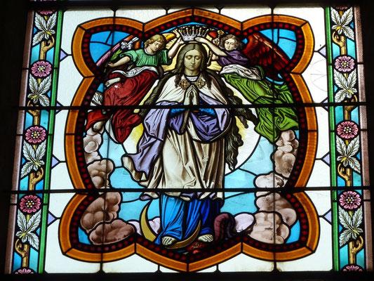 Mariendarstellung auf Kirchenfenster in Frauenstein - Glasmalerei