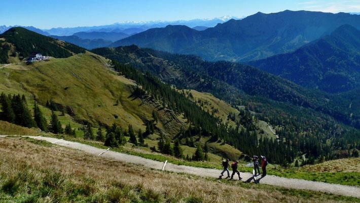 Rotwandhaus, Wilder Kaiser, Hohe Tauern, Venedigergebiet und Zillertaler Alpen vom Steig Rotwandhaus - Taubenstein