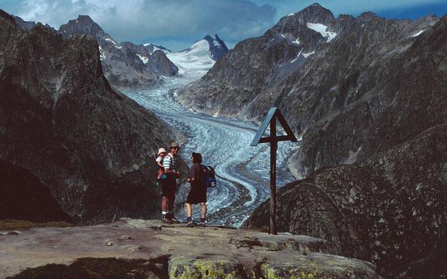 Beeindruckendes Motiv von Fieschergletscher und Oberaarhorn vom Rückweg zum Kühboden