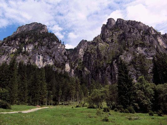 Kampermauer vom Gebiet der Laussabaueralm