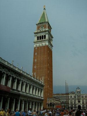 Kirche und Kirchtum von San Marco