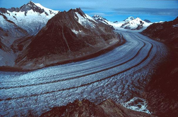 Aletschgletscher gegen Aletschhorn, Jungfrau, Mönch und Eiger