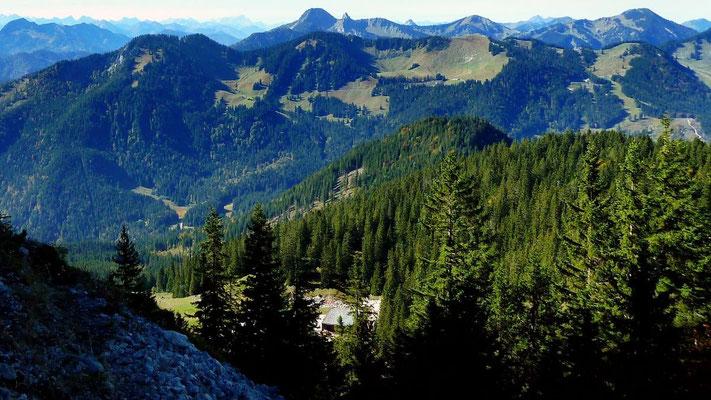 Berge westlich des Spitzingsees vom Höhenweg Taubenstein-Rotwand