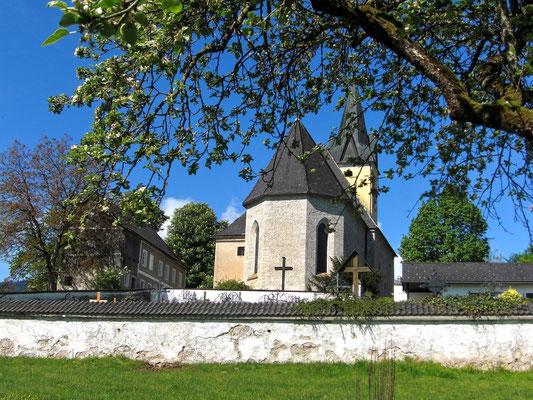 Friedhofsmauer und Wallfahrtskirche Frauenstein