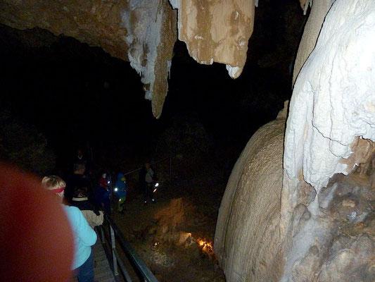 In der Kraushöhle - Geoofad Gams