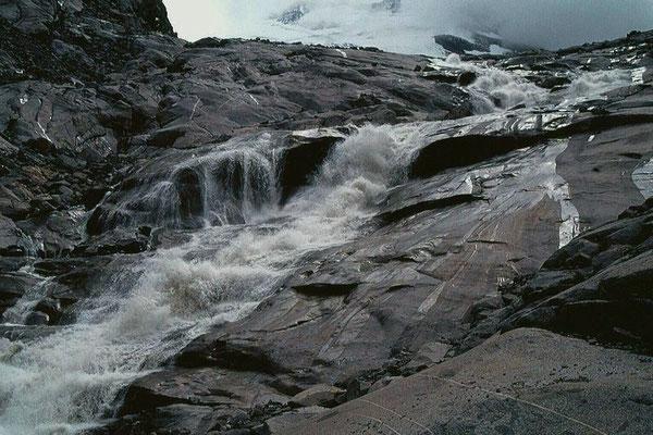 Obersulzbach - Abfluss des Obersulzbachkeeses vom Gletscherweg Obersulzbachkees