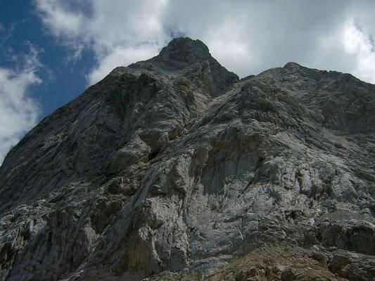 Felswände am Wolayersee